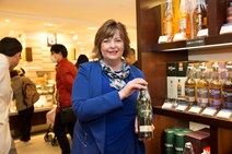 Cabinet Secretary at whisky promotion Isetan