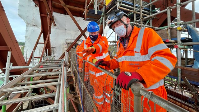 Transport Minister visits North Queensferry approach span renovation: North Queensferry June 21