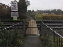 Barratt Lane no 1 level crossing, Attenborough