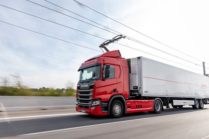 Green light for path to UK's first 'electric motorway': IM2019120127MO large