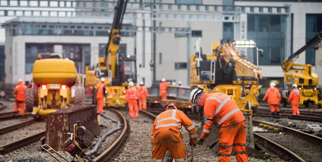 Passengers in South Wales reminded to plan ahead this Easter: Cardiff Central - modernisation