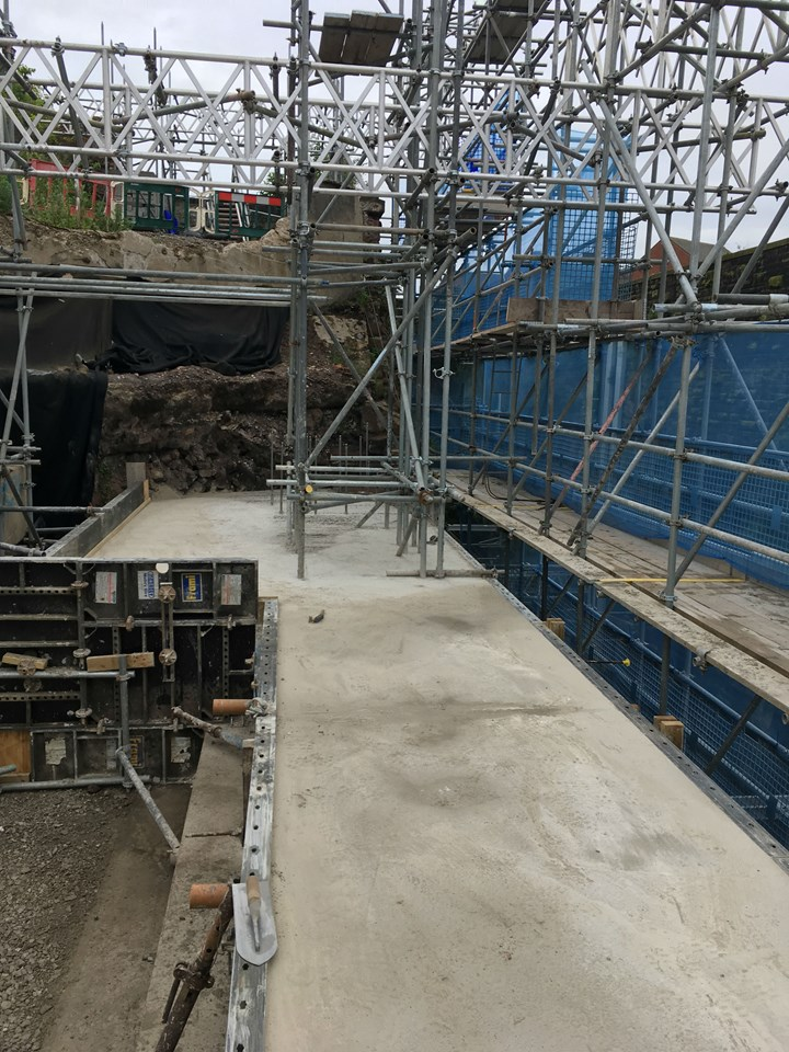 Close up view of the wall repair at Liverpool Lime Street