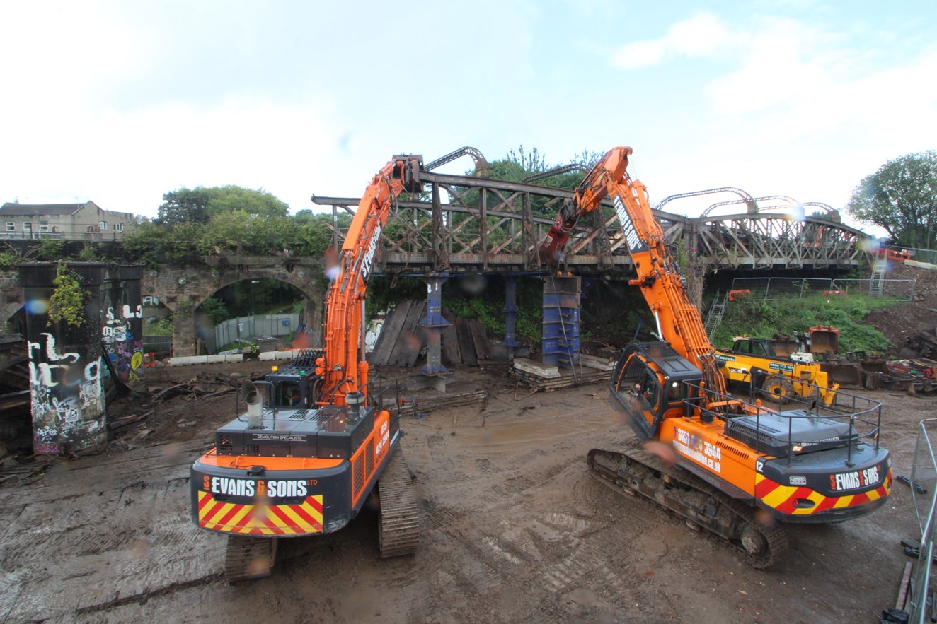 Bristol moves a step closer to a better railway following Stapleton Road viaduct removal: StapletonRoadDemolition
