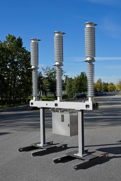 Siemens to provide UK's first SF6 free 145kV vacuum circuit breakers in Scotland: 21-3