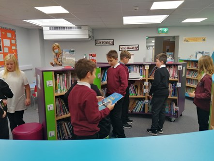 Millbank Primary School pupils visiting new library