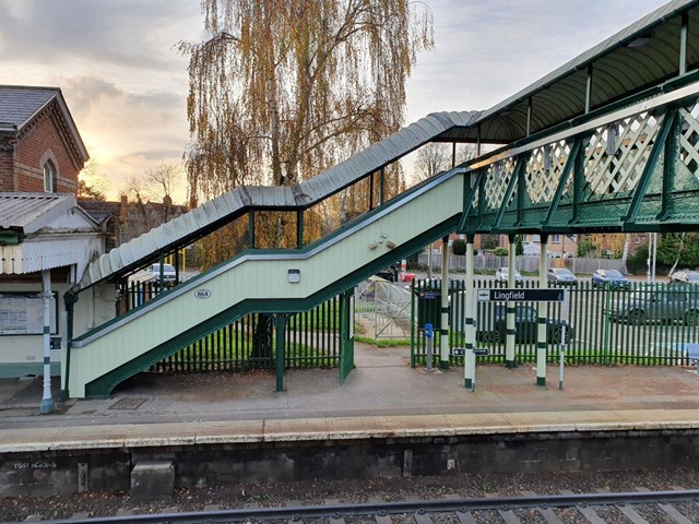 Lingfield station - Platform 1 staircase and footbridge