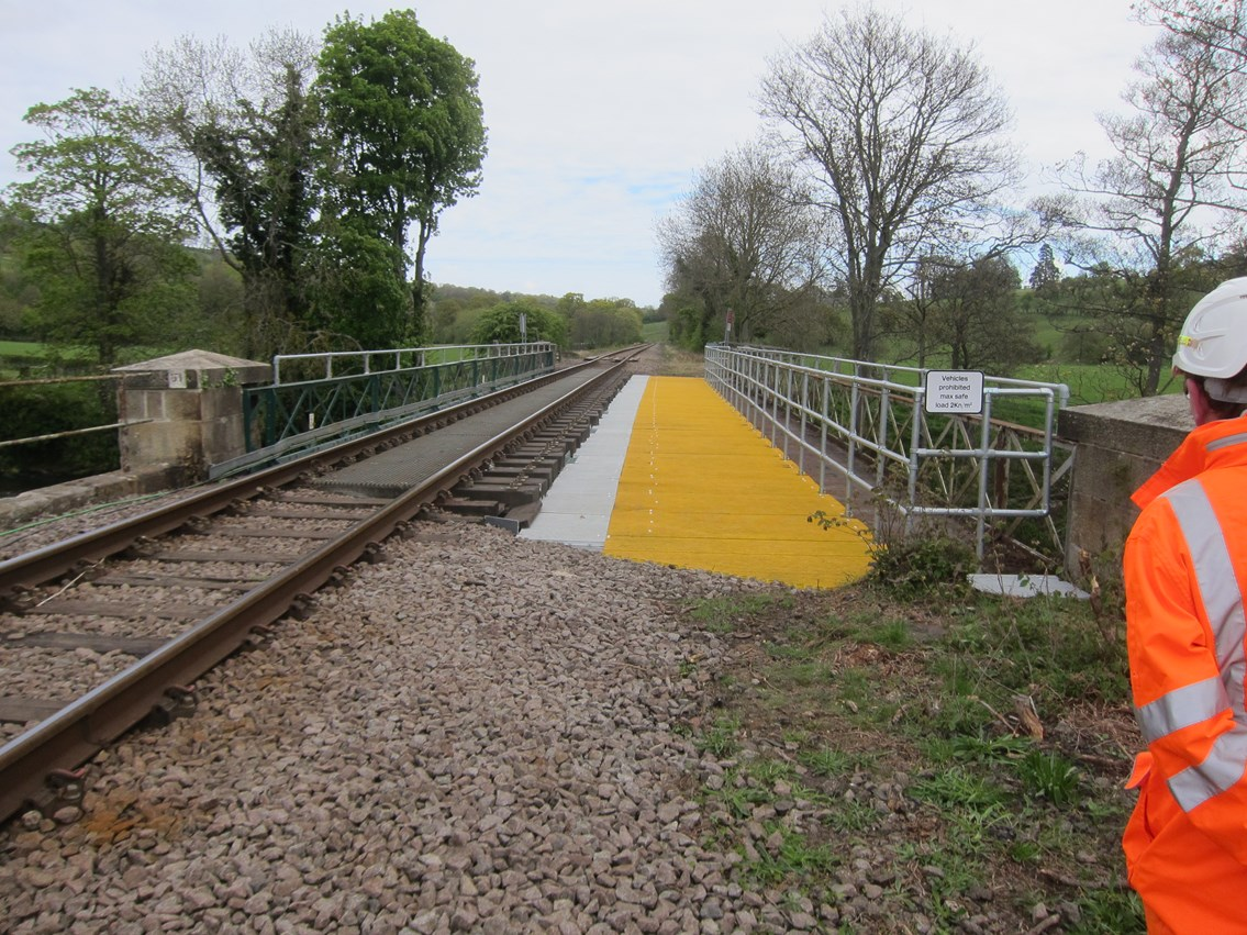 Network Rail takes action to deter walkers from trespassing on Sleights railway bridge: Network Rail takes action to deter walkers from trespassing on Sleights railway bridge