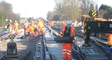 Upgrading the Brighton Main Line - Christmas 2013: Workers at Stoat's Nest junction, between Redhill and Purley