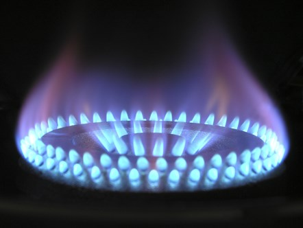 ENA responds to UK government's £90 million drive to reduce carbon emissions: Gas flames