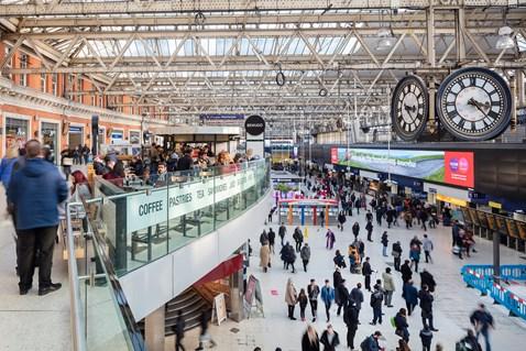London Waterloo station-5