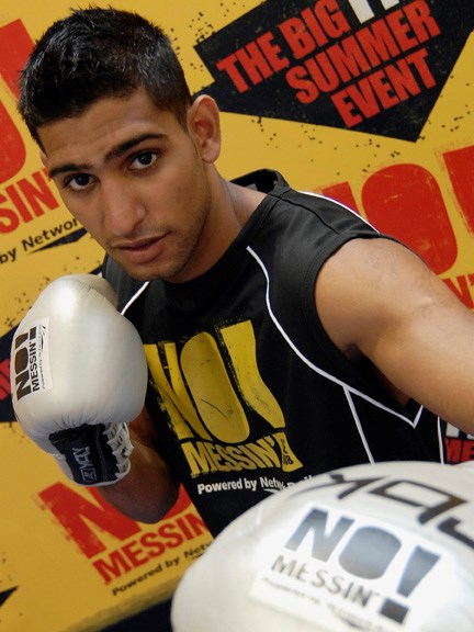 Amir Khan supports No Messin' 002