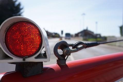 level crossing barrier light