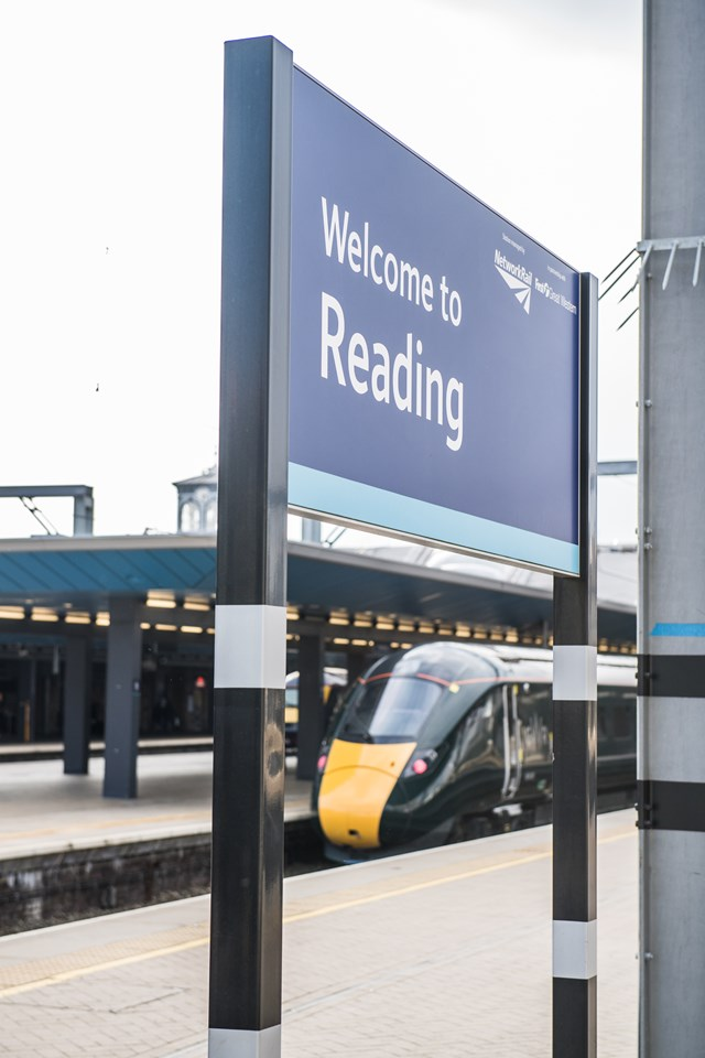 Reading station celebrates three decades of improvements since a right Royal visit: Reading station
