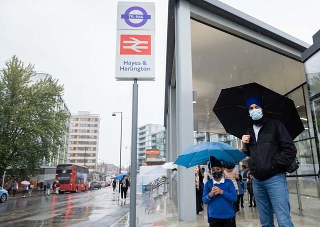 Bus stop at Hayes & Harlington station