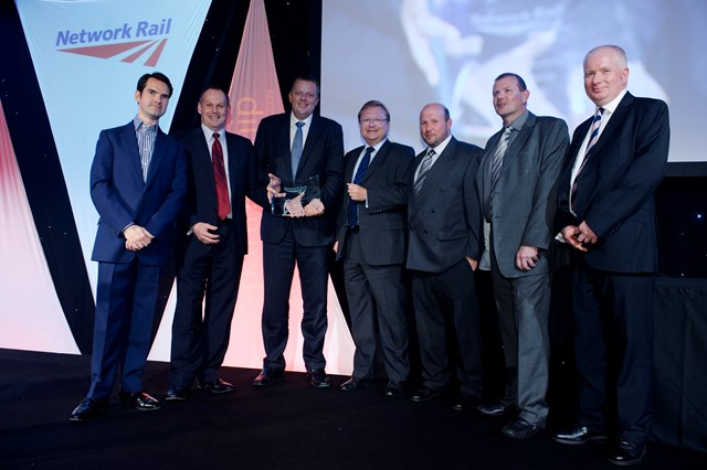 Chief executive, Iain Coucher presents Balfour Beatty with the supplier of the year award