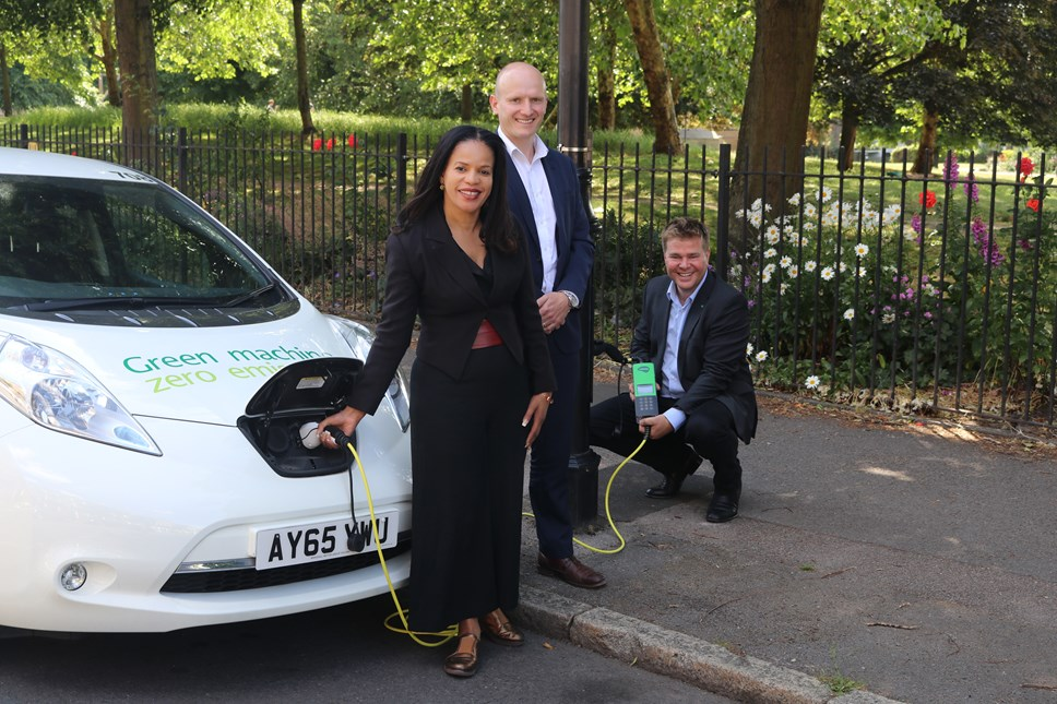 Islington transforms lampposts into charging points to help tackle air pollution: Cllr Claudia Webbe, Gareth Marshall (Siemens) and Knut Hechtfisher (Ubitricity)