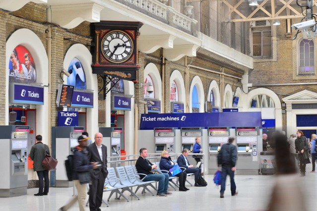 Network Rail makes a splash with free drinking water at stations: Charing Cross ticket machines