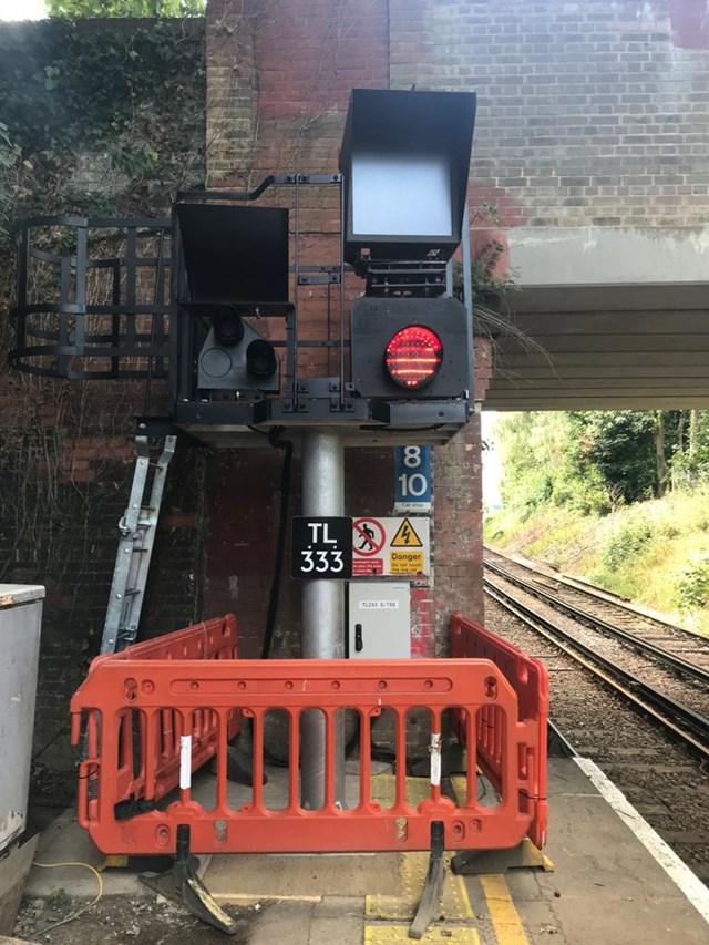 Sundridge Park - new signal head: Sundridge park signal head