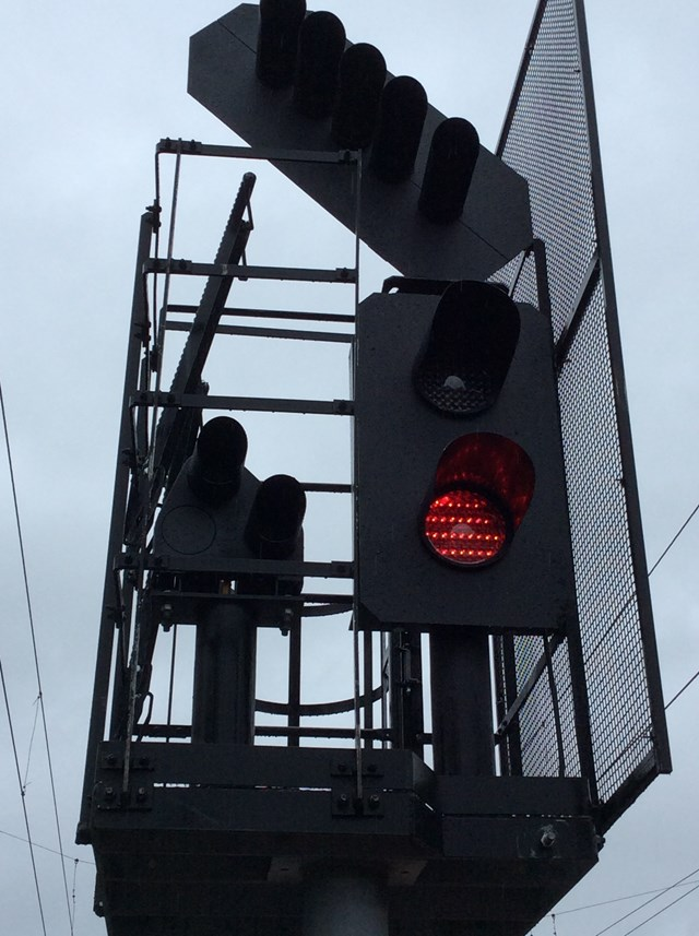 15 Apr MNSR Red Signal