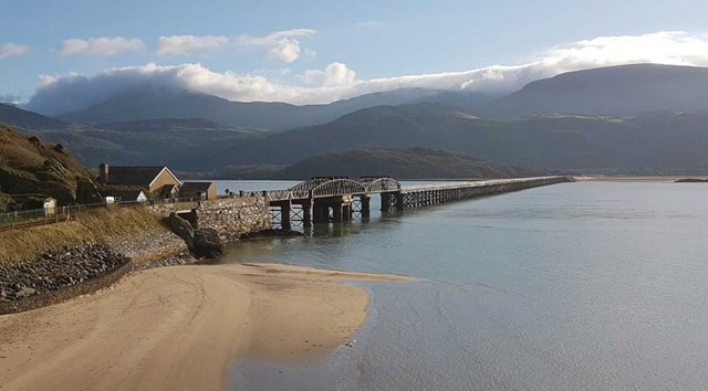 Network Rail begins biggest restoration of Barmouth Viaduct in its history: Barmouth Viaduct 1