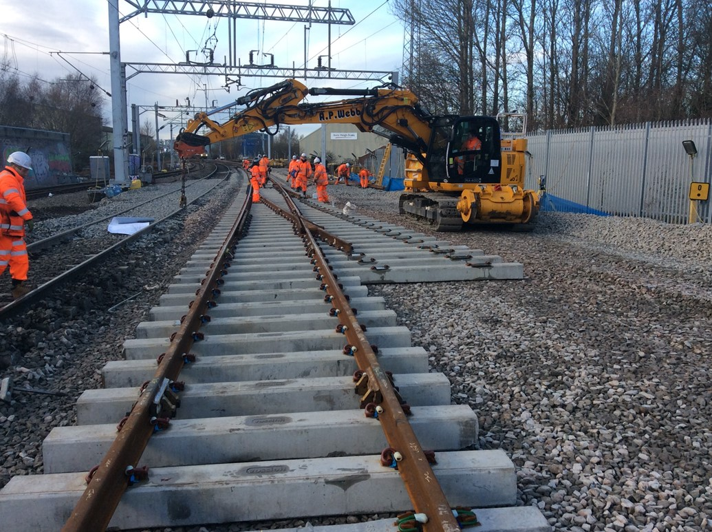 Railway between London Euston and Carlisle fully reopens after successful Christmas and New Year upgrade: Remodelling Soho North junction between Birmingham and Wolverhampton
