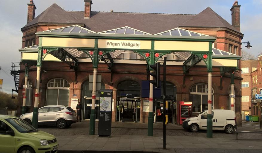 Wigan wallgate train station