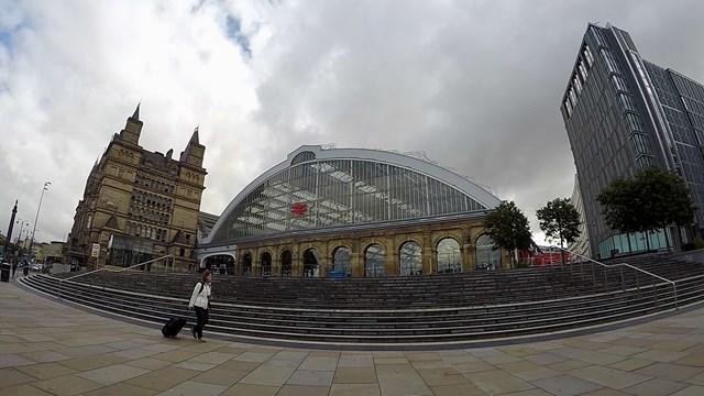 Liverpool Lime Street exterior