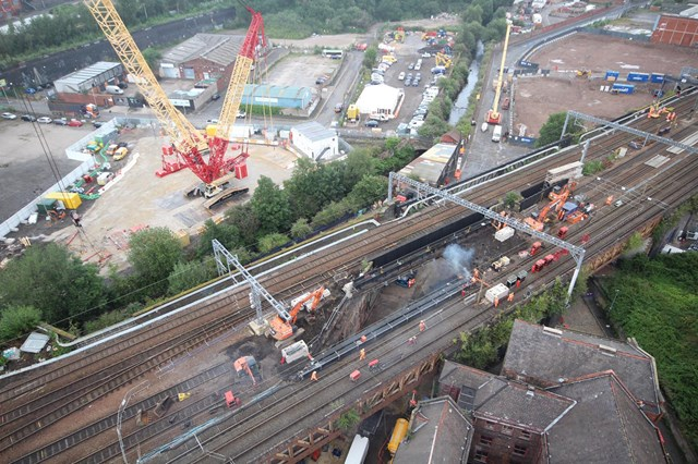 Major bridge reconstruction work starts in Manchester – passengers reminded to check journeys: Major bridge reconstruction work starts in Manchester – passengers reminded to check journeys