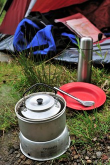 Camping stove ©Lorne Gill SNH
