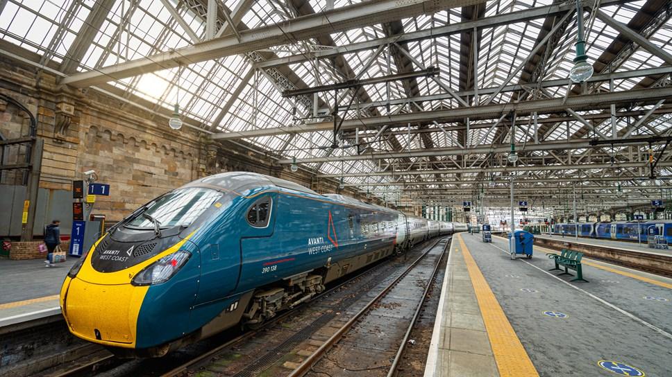 Avanti West Coast Pendolino Glasgow Central