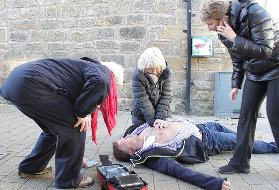 Public Access Defibrillators: IMG 2257