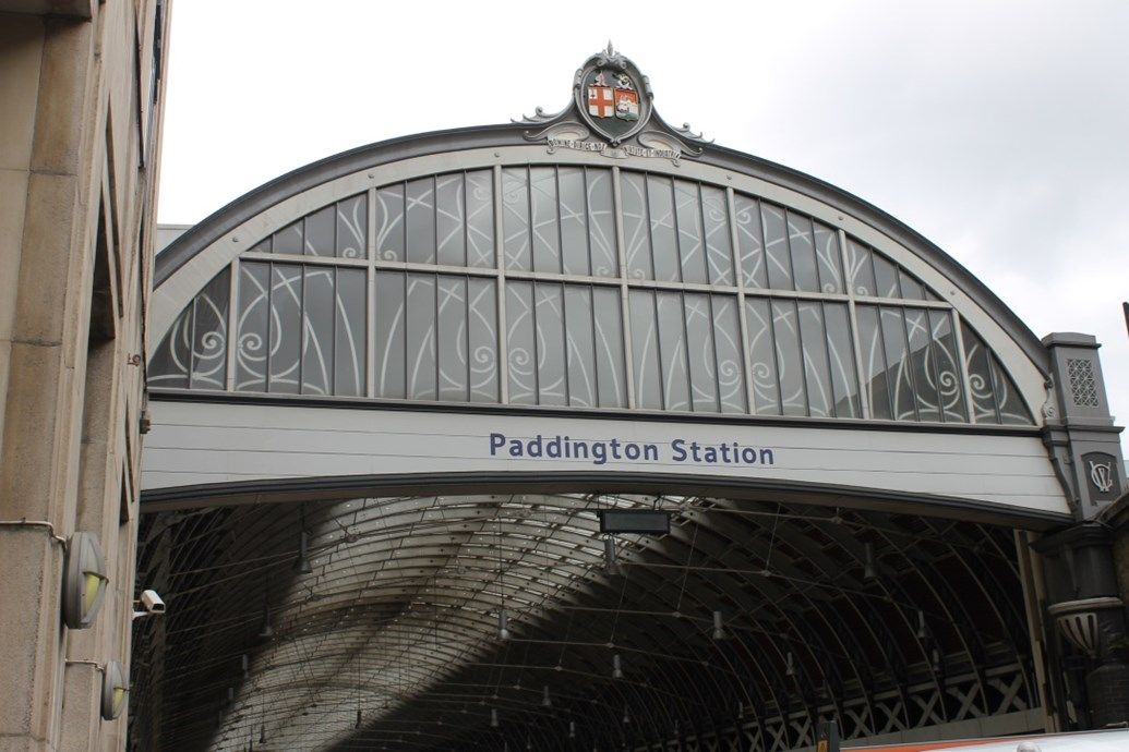 Paddington Station 24/7 – Episode four sees staff challenged by a number of distressing incidents on the line: Paddington Station entrance