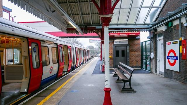 TfL Image - Lift, train and roundel 01