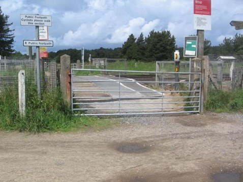 Fisherman's Path crossing closed after cyclist was nearly hit by a train: Fisherman's Path level crossing