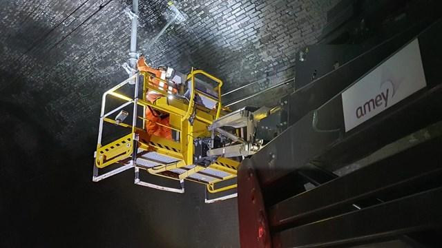 Railwayworkcontinuestokeepcriticalsuppliesand passengers moving: Overhead line repairs taking place in Primrose Hill tunnel