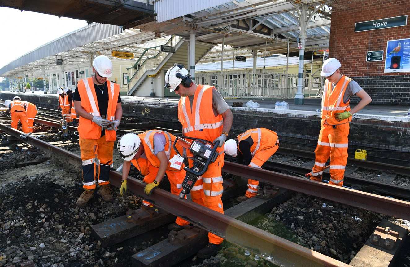 Sidings enhancements at Hove to support Thameslink network: GHP 7701