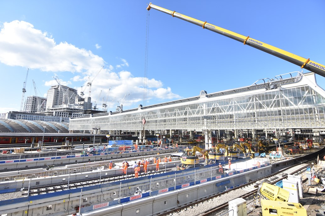 TIMELAPSE: 60,000 man hours in 60 seconds: Waterloo Upgrade - 10 August (2)