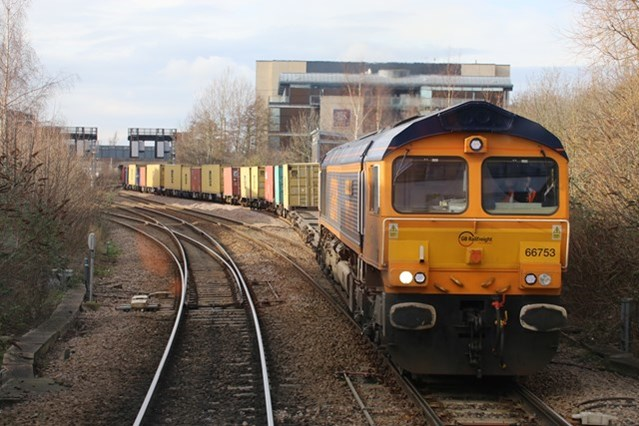 Rail freight upgrade between Doncaster and northern Lincolnshire ports to boost local economy: Rail freight upgrade between Doncaster and northern Lincolnshire ports to boost local economy