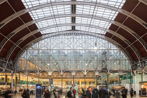 London Paddington Station-4
