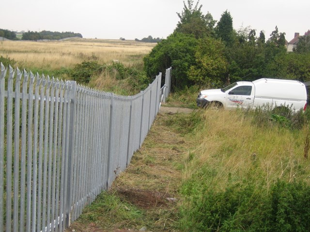 Thurnscoe fencing: New safety fencing installed at Thurnscoe by Network Rail