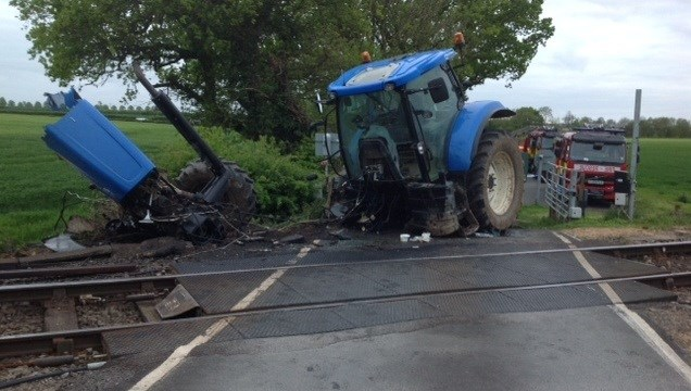 Farmers to reap the benefit of new Network Rail level crossing safety campaign: Tractor crash
