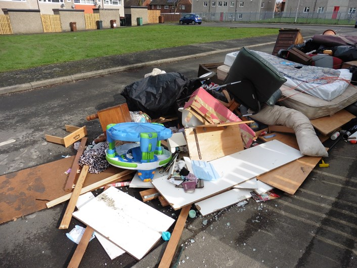 Landlord pays the price for dumping tenant's possessions: 080320173.jpg