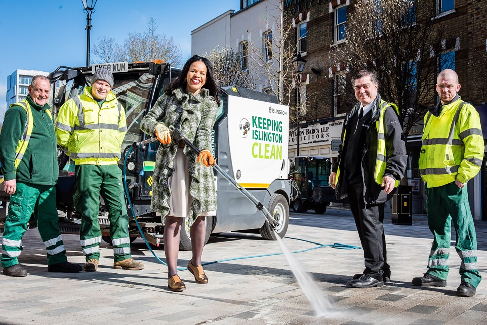 ULEZ-ready hi-tech pavement washer joins Islington's fight against grime: Islington's new Aquazura pavement washer with council staff and Cllr Claudia Webbe, Islington's executive member for environment and transport (centre)