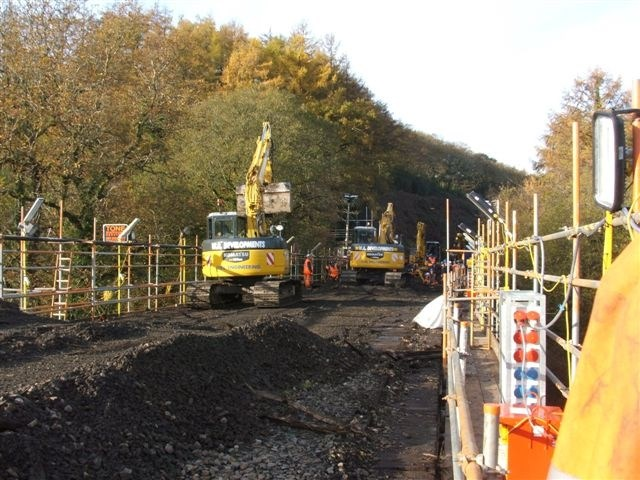 East Largin Viaduct: Replacement of timber decking