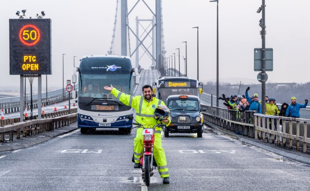 Forth Road Bridge - public transport corridor - January 31, 2018 01