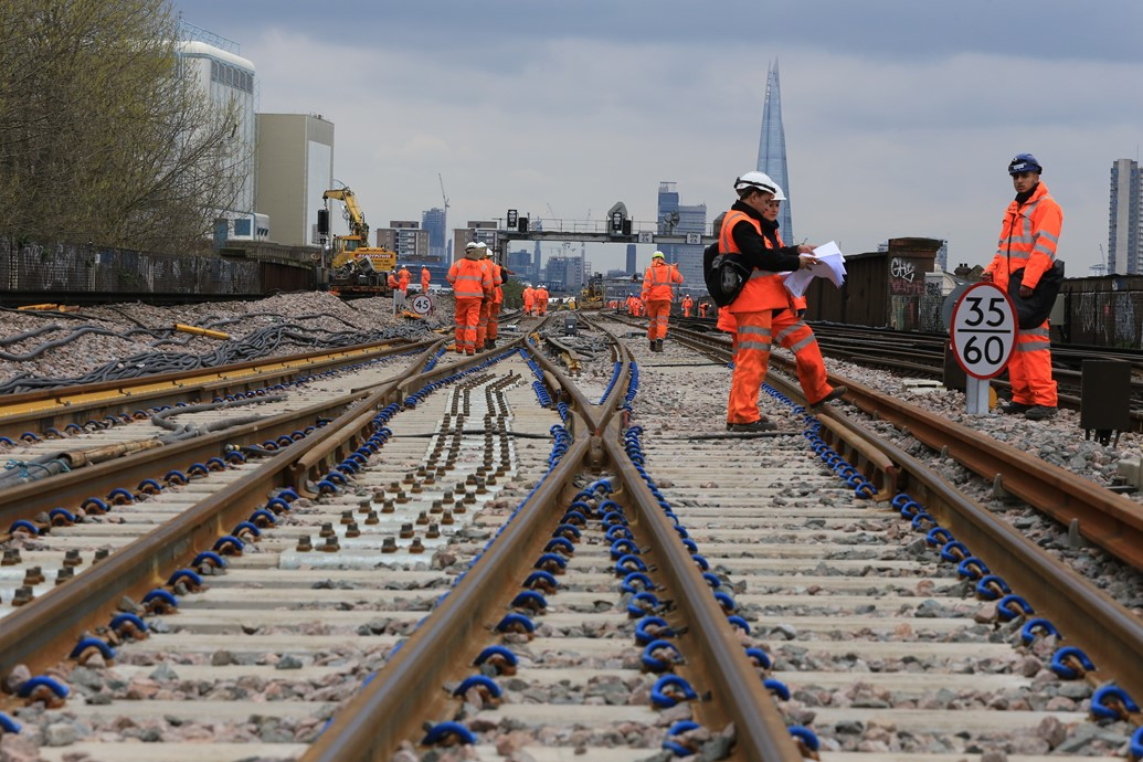 TIMELAPSE: Passengers thanked after Network Rail Easter improvement work means changes to journeys in South London and Kent: Easter 2015 New crossovers for new track, laid to allow viaduct demolition to start this year-2