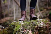 Llwybr rheilffordd Caerfyrddin i'w lansio yn Llanymddyfri: walking boots