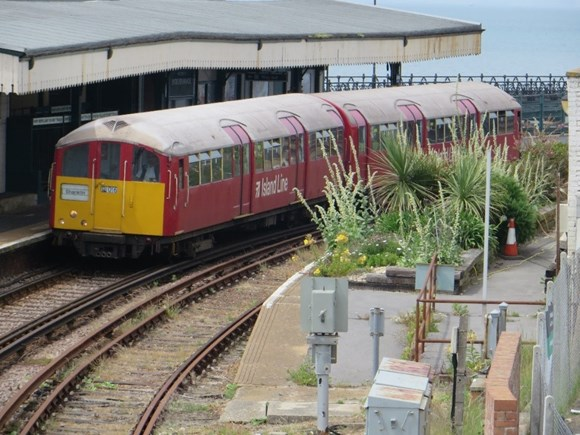 After more than 80 years of service – Island Line's trains ready to retire: IoW-2
