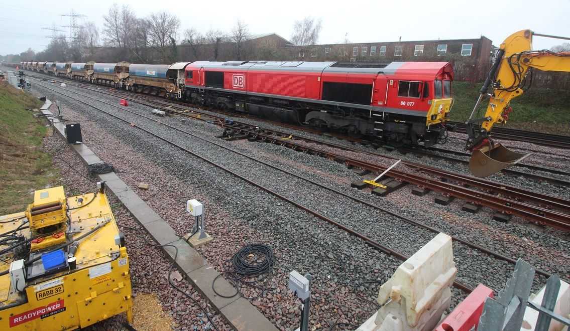 Major railway upgrade in Southampton set to be completed in week-long line closure.: DB arrives in Redbridge