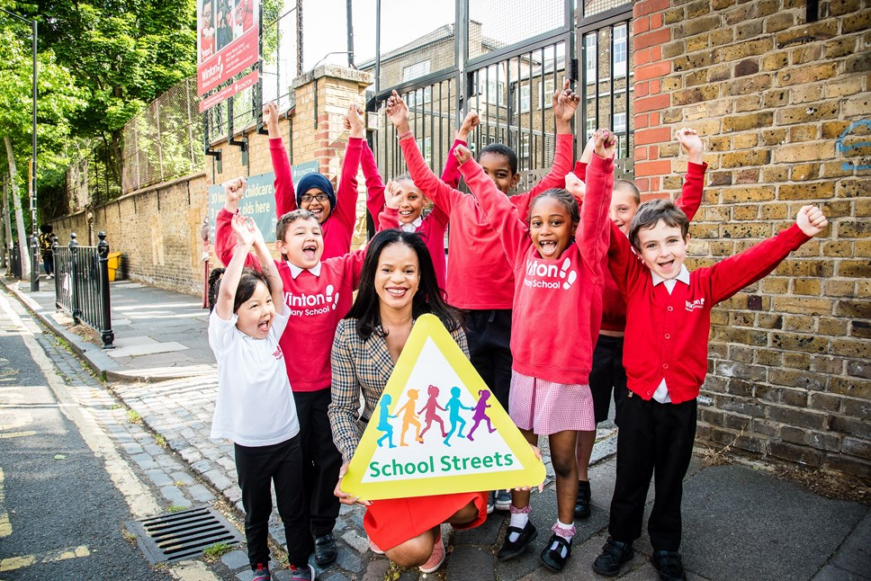 Major milestone as Islington launches its 10th School Street: Pupils at Winton Primary School, Islington's 10th school with a school street, with Cllr Claudia Webbe